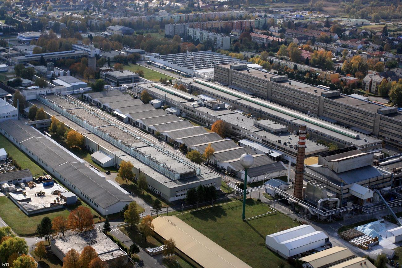 Eladja magyarországi fényforrás üzletágát is a General Electric