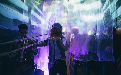 Hátrányos helyzetű fiatalok és ismert magyar zenészek készítenek közös albumot