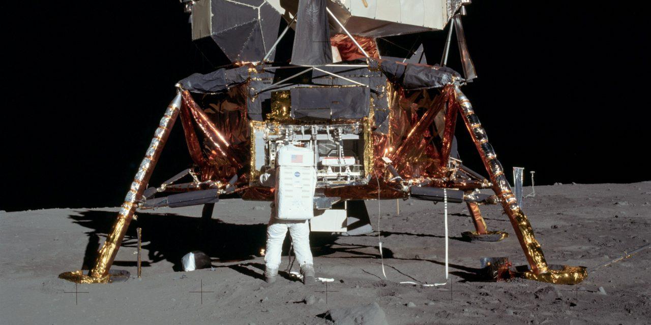 Apollo–11