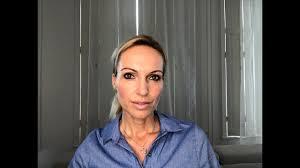 Röviden és velősen: Almási Kitti – Utólag az fáj jobban, ha meg sem próbáltad