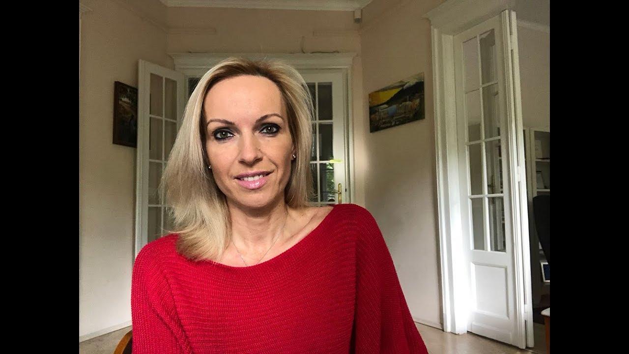 Röviden és velősen: Almási Kitti – Ismerkedjek-e a Tinderen?