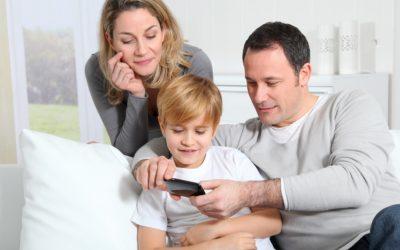 Így válasszunk mobilt a gyerekünknek!