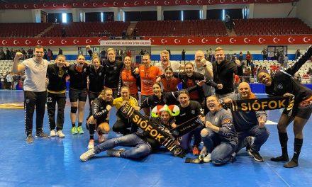 Női Kézilabda EHF-kupa: kilenc gólos előnyben a Siófok