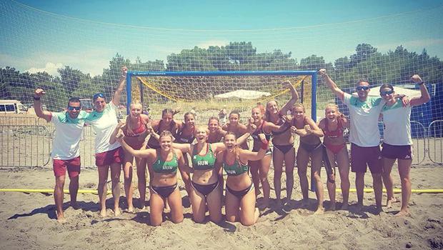 Aranyérmes a női U18-as strandkézi-válogatott!