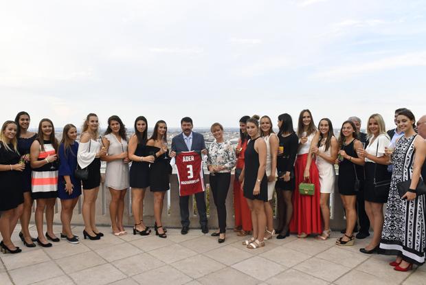 Kézilabda – Elnöki fogadáson a világbajnok csapat