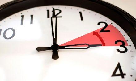 Szombaton óraátállítás, kezdődik a téli időszámítás